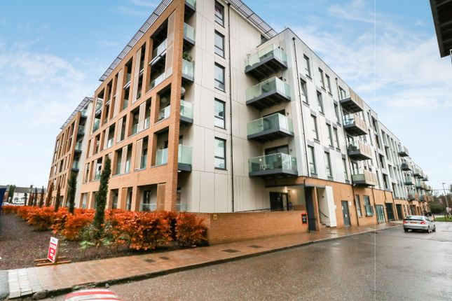 Thumbnail Flat for sale in Watson Heights, Chelmsford