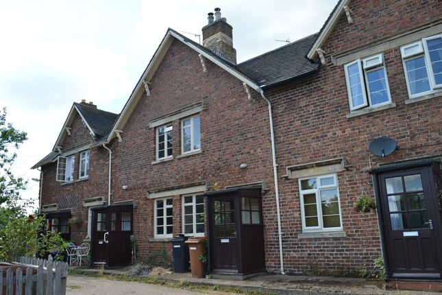 Thumbnail Cottage to rent in The Rock, Branston, Grantham