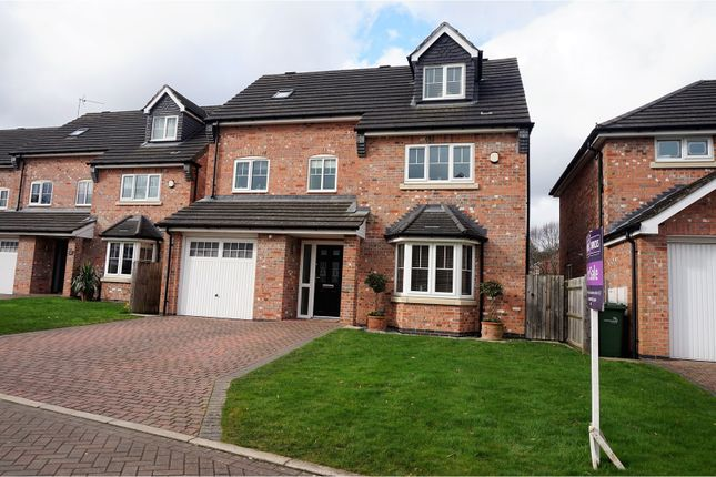 Thumbnail Detached house for sale in Appledale, Macclesfield