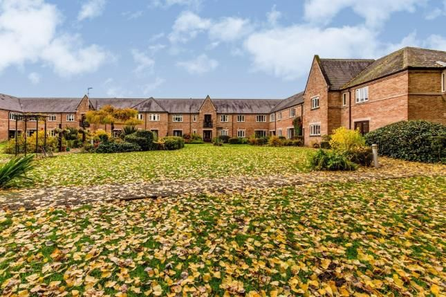 2 bed flat for sale in Leven Court, Great Ayton, North Yorkshire, England TS9