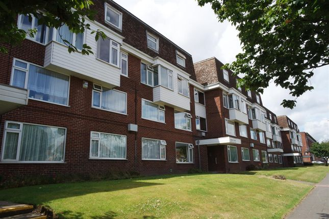 Flat for sale in Coventry Road, Yardley, Birmingham
