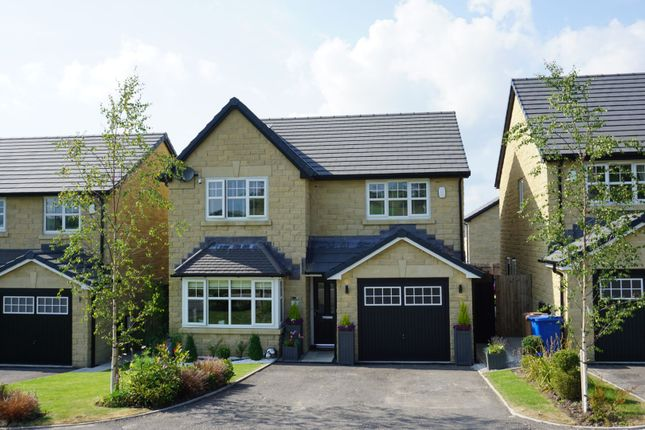 4 bed detached house for sale in Wheatear Place, Darwen BB3