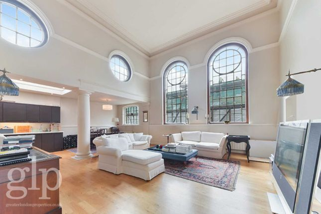 Thumbnail Flat to rent in Great Queen Street, Covent Garden