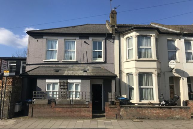 Thumbnail Flat to rent in Tubbs Road, Willesden Junction