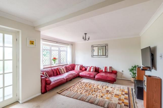 Thumbnail Property for sale in Beacon Road, Chatham, Kent