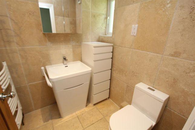 En-Suite of Harrowby Road, Weetwood, Leeds LS16