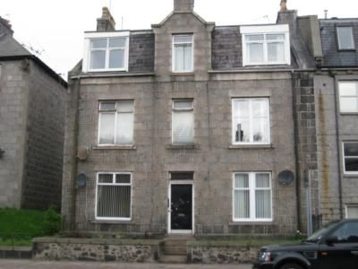 Thumbnail Flat to rent in Holburn Street, First Floor Left