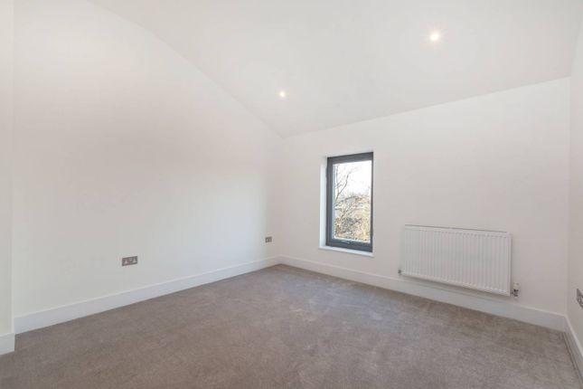 Thumbnail Flat for sale in Dagnall Park, Selhurst