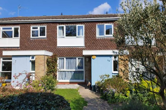 Thumbnail Terraced house for sale in Buckingham Gardens, West Molesey