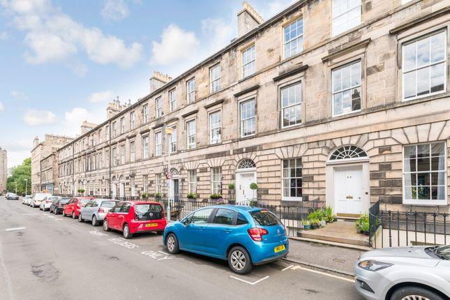 Thumbnail Flat for sale in 50/5 Cumberland Street, New Town, Edinburgh