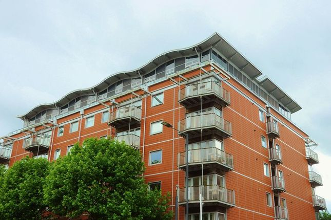 Thumbnail Flat for sale in The Panoramic, Park Row