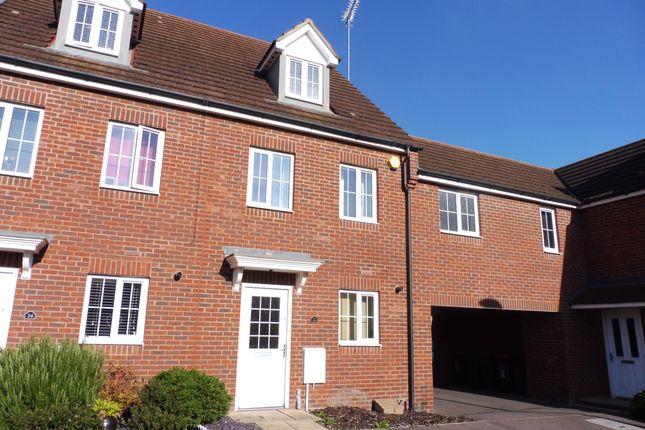 Thumbnail Town house to rent in Sandpiper Way, Leighton Buzzard