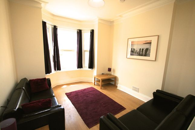 Thumbnail Detached house to rent in Cambridge Road, Portswood, Southampton