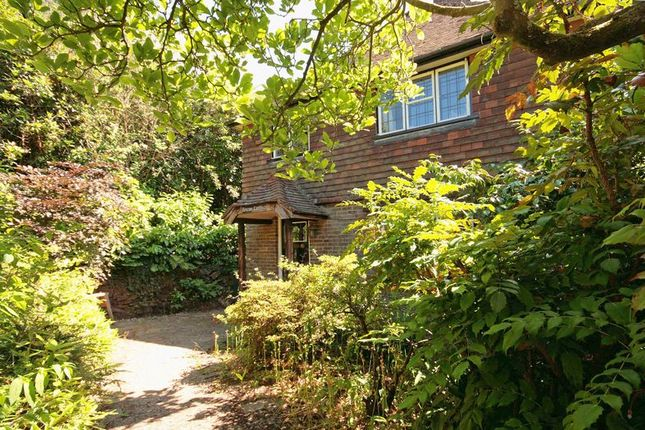 Thumbnail Detached house for sale in Hurtis Hill, Crowborough