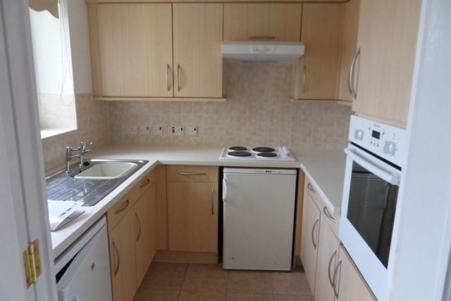 Thumbnail Flat to rent in Morgan Court, St Helens Road, Swansea.