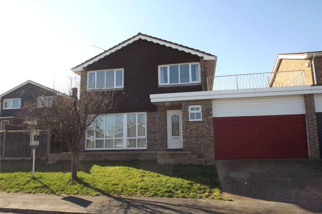 Thumbnail Link-detached house to rent in Meadow View, Marlow, Buckinghamshire