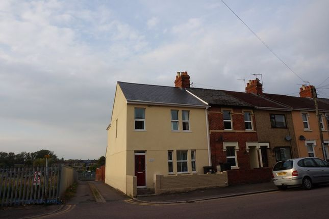 3 bed end terrace house for sale in Redcliffe Street, Swindon