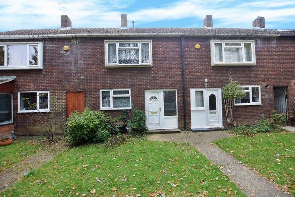 Thumbnail Terraced house for sale in Gobions, Kingswood