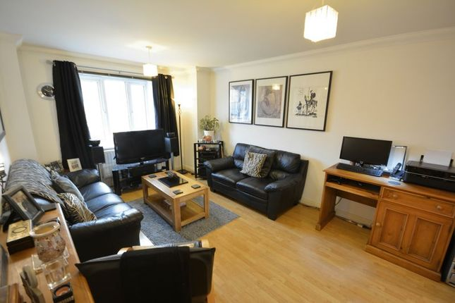 Thumbnail Flat for sale in Lynwood Close, Whalley, Clitheroe