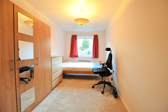 Bedroom of Epping Close, Reading, Berkshire RG1