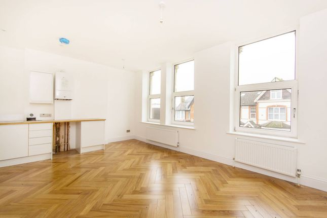 Thumbnail Flat for sale in Campden Road, Croydon