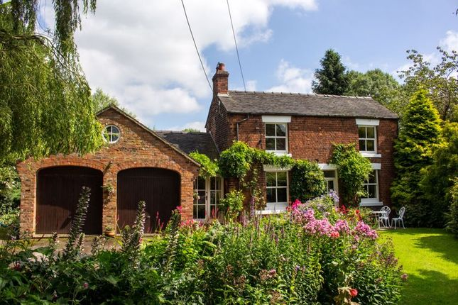 Thumbnail Detached house for sale in Martins Moss, Smallwood, Sandbach