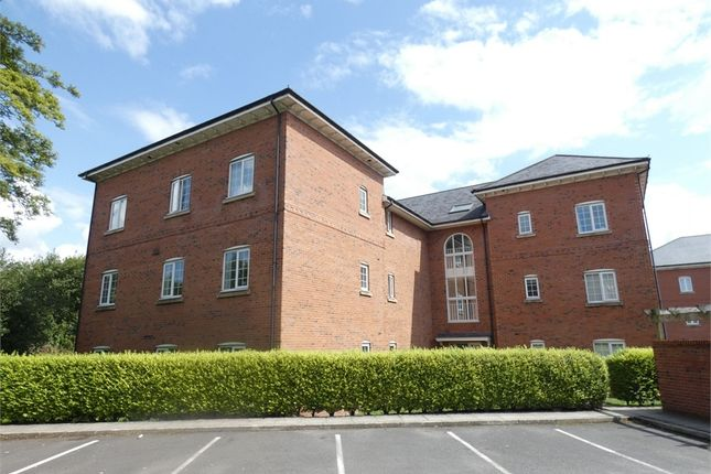 Thumbnail Flat to rent in Douglas Chase, Radcliffe, Manchester
