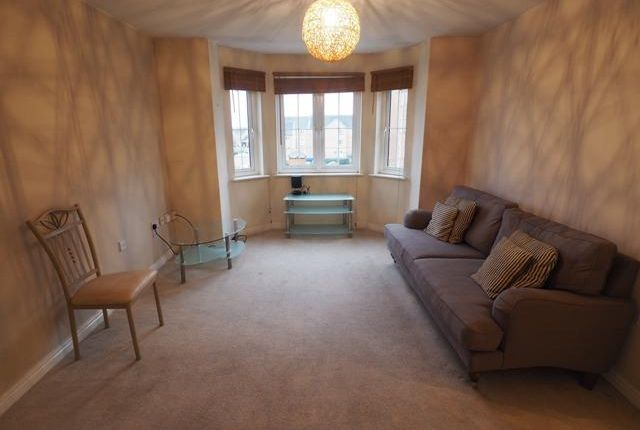 Thumbnail Flat for sale in Chandlers Court, Victoria Dock, Hull, East Yorkshire