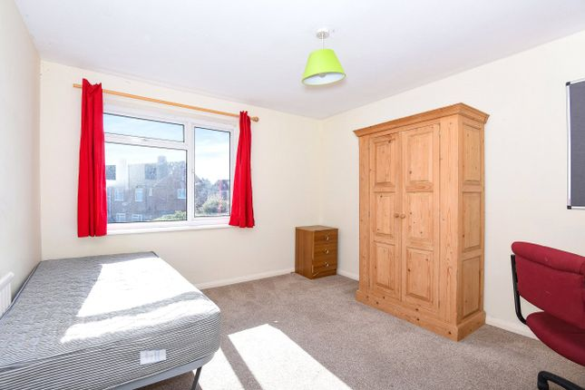 5 bed terraced house for sale in Grange Road, Guildford, Surrey GU2