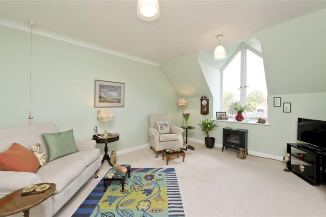 Thumbnail Flat for sale in Grosvenor Road, Richmond Hill, Surrey