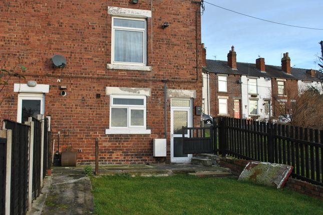 Thumbnail Flat to rent in Bottom Boat Road, Stanley, Wakefield