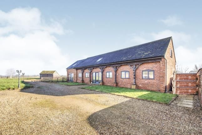 Thumbnail Barn conversion for sale in Lutterworth Road, North Kilworth, Lutterworth, Leicestershire