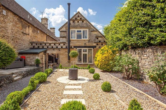 Thumbnail Cottage for sale in High Street, Burford, Oxfordshire