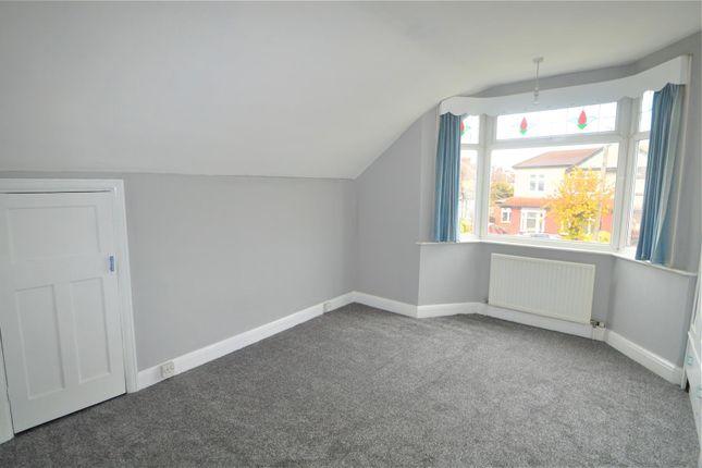 Studio to rent in Pembroke Road, Seven Kings, Ilford IG3
