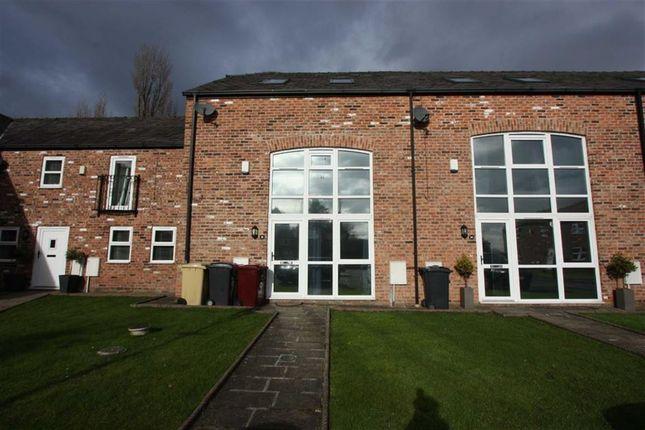 Thumbnail Town house to rent in Plodder Lane, Farnworth, Bolton
