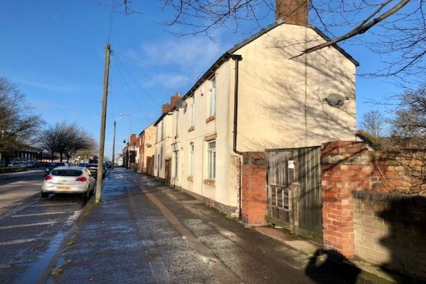 Thumbnail Flat to rent in High Street, Brownhills, Walsall