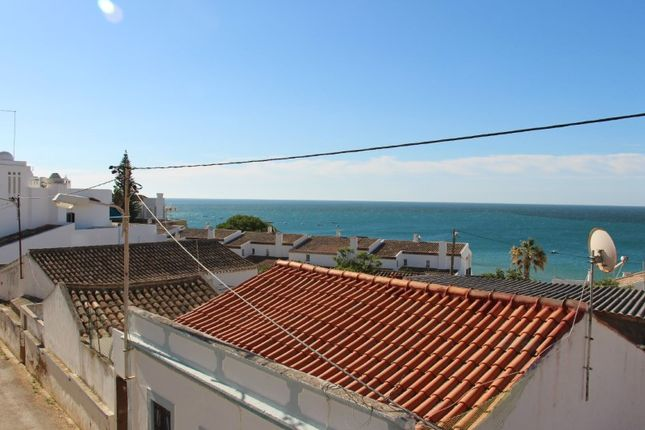 Town house for sale in Luz, Luz, Lagos