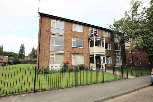2 bed flat to rent in Denmark Street, Wakefield WF1