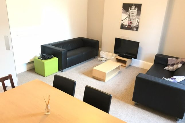 Thumbnail Property to rent in Amity Place, Plymouth
