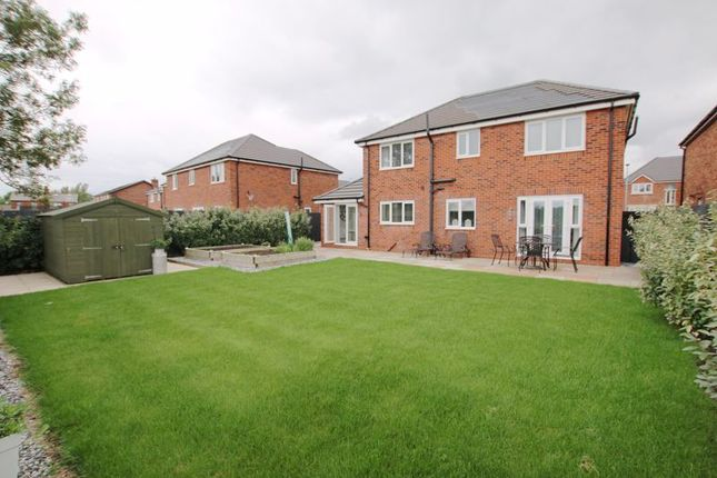 Photo 10 of Fieldings Close, Longton, Preston PR4