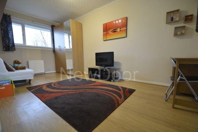 Bedroom 2 of Lewis Gardens, Bearsden G61