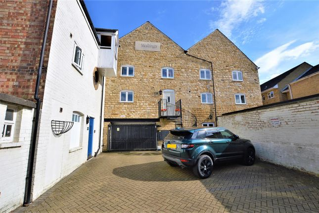 Thumbnail Terraced house for sale in The Maltings, Water Street, Stamford