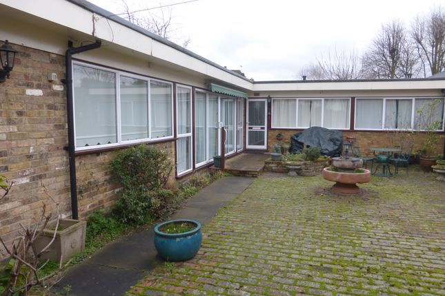 Thumbnail Bungalow to rent in The Bourne, Ware