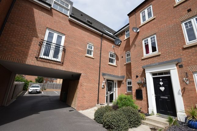 Thumbnail Flat for sale in Kitson Road, Castleford