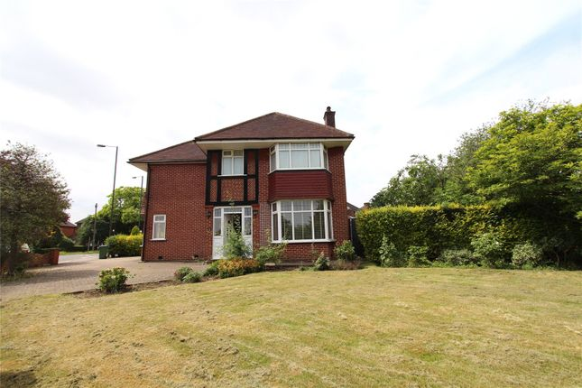Thumbnail Detached house to rent in Wemborough Road, Stanmore