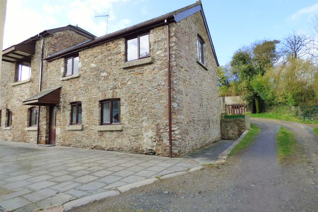2 bed barn conversion to rent in Lewdown, Okehampton