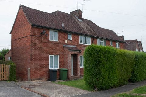 Thumbnail Semi-detached house to rent in Stuart Crescent, Winchester