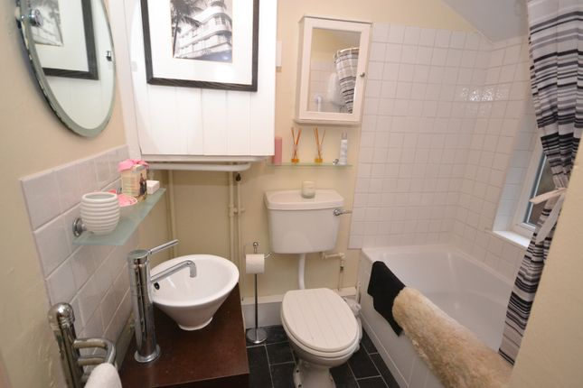 Bathroom of Barrack Hill, Coleshill, Coleshill HP7