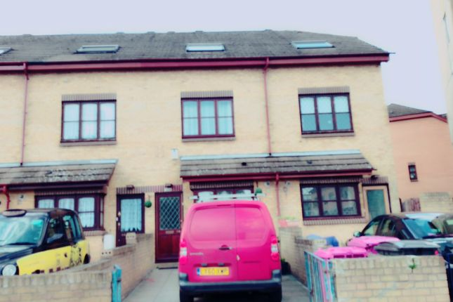 Thumbnail Terraced house to rent in Allen Road, Bow
