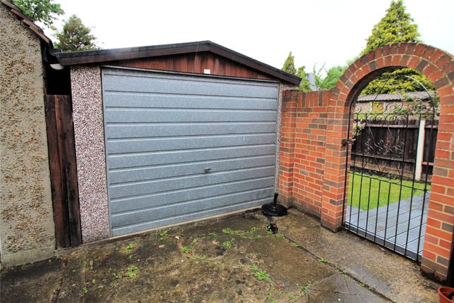 Picture No. 14 of Crombie Road, Sidcup, Kent DA15